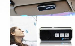 Car kit cu Bluetooth, iti permite sa primesti si sa respingi apeluri telefonice in siguranta in timp ce te afli la volan, la doar 65 RON in loc de 139 RON