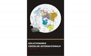 Solutionarea crizelor internationale, autor Teodor Frunzeti