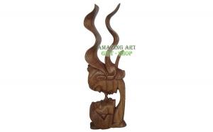 "Sculptura ""indragostiti"", Ziua indragostitilor, Decoratiuni"