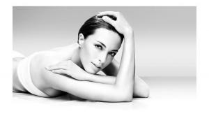 Mezoterapie (acnee/cuperoza /antiaging/ depigmentare) + demachiere + tonifiere + peeling enzimatic + masca si masaj facial