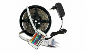 Banda  LED 5 M , cu telecomanda si joc de lumini multicolore