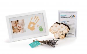 """Set cadou personalizat pentru mama si copil Rama foto cu amprenta, si Cutiuta Zana Maseluta """"Planeta"""" pentru pastrarea dintilor de lapte"""