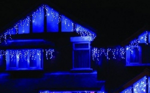 Instalatie Craciun 9 metri franjuri cu LED-uri albastre