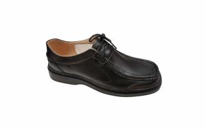 Pantofi lati si usori cu lira din piele naturala cu siret negri fabricati in Romania