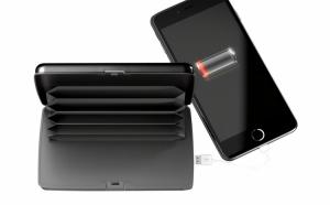 Portofel securizat pentru carduri, cu baterie externa 2 in 1