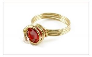 Spiral Red - inel Ichiban din sarma de AUR 14K GF, Diamante Industriale (Cubic Zirconia) 8 mm, realizat manual, produs romanesc 100%, serie mica sau unicat la doar 169 RON in loc de 338 RON