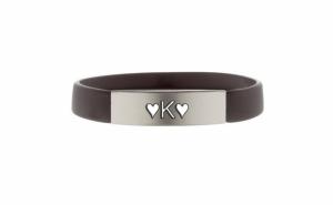 "Bratara neagra gravata ""Litera K"" cu inima + cadou"
