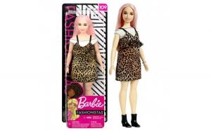 Papusa Barbie Fashionistas in rochie cu imprimeu leopard