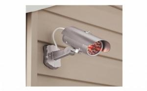 Protectie suplimentara cu camera falsa MOCK SECURITY, la doar 36 RON in loc de 72 RON