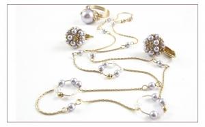 LAVANDER CIRCLE SET - Colier, cercei, inel ICHIBAN, realizate cu perle si cristale SWAROVSKI de 3 si 10 mm, manual, produs romanesc 100%, serie mica sau unicat,  la doar 482 RON  in loc de 964 RON