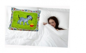 Set complet pentru dormitorul tau: Pilota pentru 2 persoane cu puf siliconat + 2 PERNE 50x70 cm la doar 148 RON de la 440 RON