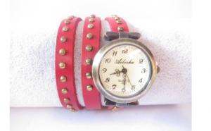 Ceas Vintage rosu cu bumbi rotunzi fashion, la doar 65 RON  in loc de 130 RON (1+1 Gratis)