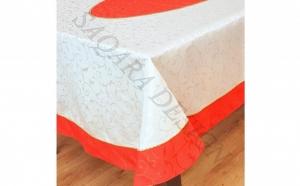 Eleganta desavarsita cu Fata de masa ovala confectionata din Brocart premium, insertii de 2 tipuri galon aplicat manual, 2.7 m x 1.6 m, produs romanesc, la doar 359 RON in loc de 469 RON