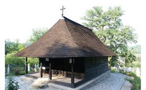 Turul manastirilor in 2 zile, Circuite turistice